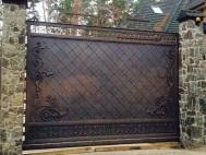 Откатные ворота с ковкой 2