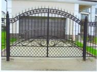 Распашные ворота из решетки 3