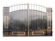Распашные ворота с ковкой 3